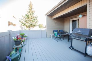 Photo 26: 1728 LAKEWOOD Road S in Edmonton: Zone 29 Townhouse for sale : MLS®# E4214059