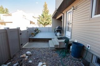 Photo 35: 1728 LAKEWOOD Road S in Edmonton: Zone 29 Townhouse for sale : MLS®# E4214059