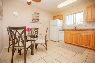 Photo 9: 1728 LAKEWOOD Road S in Edmonton: Zone 29 Townhouse for sale : MLS®# E4214059
