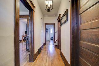 Photo 3: 9852 76 Avenue NW in Edmonton: Zone 17 House for sale : MLS®# E4217967