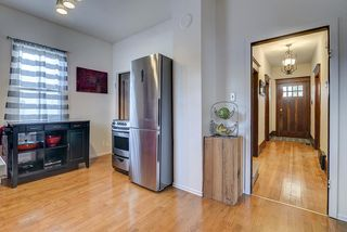 Photo 11: 9852 76 Avenue NW in Edmonton: Zone 17 House for sale : MLS®# E4217967