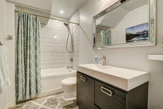 Photo 5: 9852 76 Avenue NW in Edmonton: Zone 17 House for sale : MLS®# E4217967