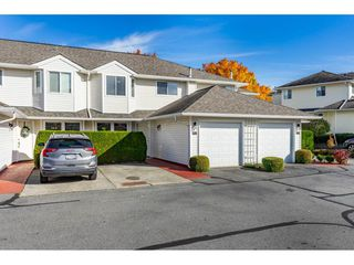 "Photo 1: 28 21928 48 Avenue in Langley: Murrayville Townhouse for sale in ""Murrayville Glen"" : MLS®# R2514950"