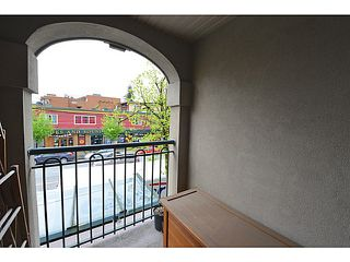 Photo 6: 203 1989 Dunbar Street in Vancouver: Kitsilano Condo for sale (Vancouver West)  : MLS®# V1059496