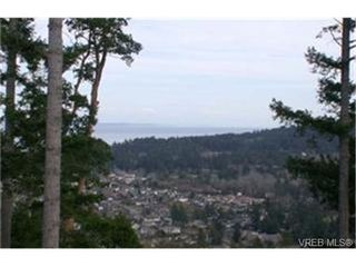 Photo 3: 502 940 Boulderwood Rise in VICTORIA: SE Broadmead Condo for sale (Saanich East)  : MLS®# 331431