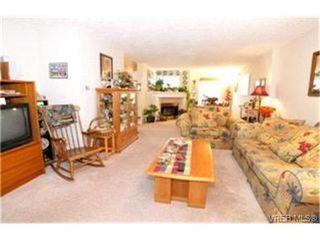 Photo 6:  in VICTORIA: Vi Burnside Condo for sale (Victoria)  : MLS®# 383023