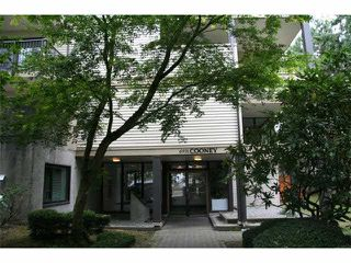 """Main Photo: 118 6931 COONEY Road in Richmond: Brighouse Condo for sale in """"Dolphin Place"""" : MLS®# V1077889"""