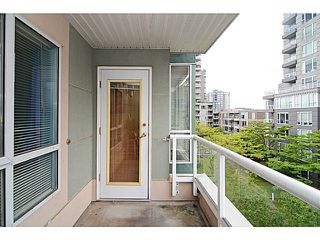 Photo 15: # 408 3488 VANNESS AV in Vancouver: Collingwood VE Condo for sale (Vancouver East)  : MLS®# V1123357