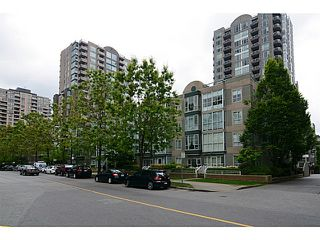 Photo 18: # 408 3488 VANNESS AV in Vancouver: Collingwood VE Condo for sale (Vancouver East)  : MLS®# V1123357