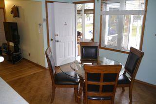 Photo 5: 2 Sandy Lake Place in Winnipeg: Waverley Heights Single Family Detached for sale (South Winnipeg)  : MLS®# 1526674