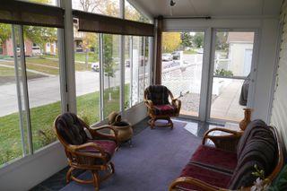 Photo 7: 2 Sandy Lake Place in Winnipeg: Waverley Heights Single Family Detached for sale (South Winnipeg)  : MLS®# 1526674