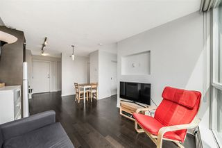 Photo 4: 1001 10777 UNIVERSITY DRIVE in Surrey: Whalley Condo for sale (North Surrey)  : MLS®# R2273354