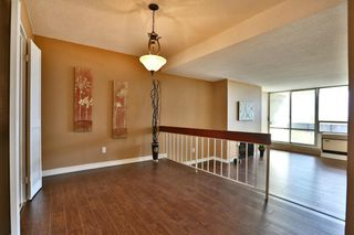 Photo 3: 20 Speers Rd #707 in : 1002 - CO Central CND for sale (Oakville)  : MLS®# OM2079449