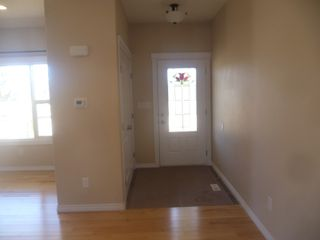 Photo 10: 4901 - 48 Avenue in Legal: House for rent