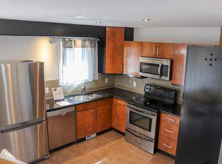 Photo 8: 160 Burrin Avenue in Winnipeg: Single Family Detached for sale (4D)  : MLS®# 1911971