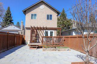Photo 29: 160 Burrin Avenue in Winnipeg: Single Family Detached for sale (4D)  : MLS®# 1911971