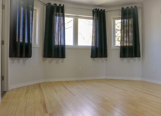 Photo 14: 160 Burrin Avenue in Winnipeg: Single Family Detached for sale (4D)  : MLS®# 1911971