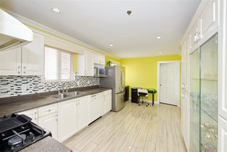 Photo 14: 7480 MAIN Street in Vancouver: South Vancouver House for sale (Vancouver East)  : MLS®# R2393431