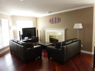Photo 5: 311 7435 Moffat Road in Richmond: Brighouse South Condo for sale : MLS®# R2214970