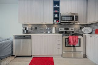 """Photo 7: 301 3090 GLADWIN Road in Abbotsford: Central Abbotsford Condo for sale in """"Hudsons Loft"""" : MLS®# R2441668"""