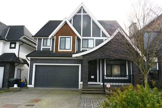 Main Photo: 20528 69 Avenue in Langley: Willoughby Heights House for sale : MLS®# R2445306