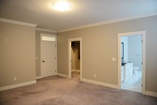 Photo 13: 20528 69 Avenue in Langley: Willoughby Heights House for sale : MLS®# R2445306