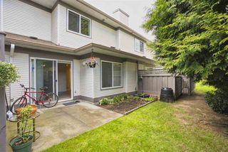 "Photo 20: 206 16233 82 Avenue in Surrey: Fleetwood Tynehead Townhouse for sale in ""The Orchards"" : MLS®# R2452467"