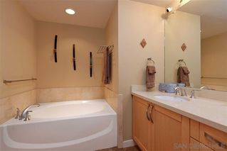 Photo 11: LA JOLLA Condo for sale : 2 bedrooms : 5440 La Jolla Blvd #E204
