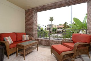 Photo 3: LA JOLLA Condo for sale : 2 bedrooms : 5440 La Jolla Blvd #E204