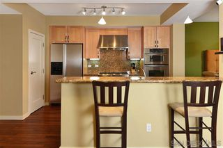 Photo 6: LA JOLLA Condo for sale : 2 bedrooms : 5440 La Jolla Blvd #E204