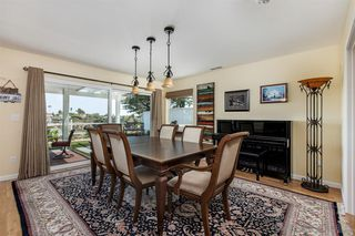 Photo 6: UNIVERSITY CITY House for sale : 4 bedrooms : 7113 Cather Court in San Diego