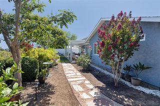 Photo 11: UNIVERSITY CITY House for sale : 4 bedrooms : 7113 Cather Court in San Diego
