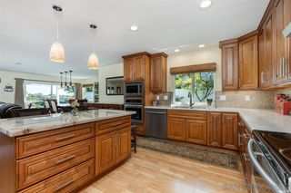 Photo 9: UNIVERSITY CITY House for sale : 4 bedrooms : 7113 Cather Court in San Diego