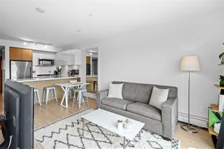 "Photo 3: 611 384 E 1ST Avenue in Vancouver: Strathcona Condo for sale in ""Canvas"" (Vancouver East)  : MLS®# R2486062"