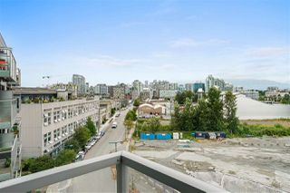 "Photo 6: 611 384 E 1ST Avenue in Vancouver: Strathcona Condo for sale in ""Canvas"" (Vancouver East)  : MLS®# R2486062"