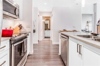 Photo 3: 404 2242 WHATCOM Road in Abbotsford: Abbotsford East Condo for sale : MLS®# R2509889