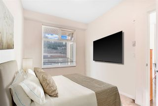 Photo 6: 404 2242 WHATCOM Road in Abbotsford: Abbotsford East Condo for sale : MLS®# R2509889