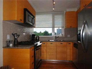 "Photo 4: 404 2483 SPRUCE Street in Vancouver: Fairview VW Condo for sale in ""SKYLINE"" (Vancouver West)  : MLS®# V953379"