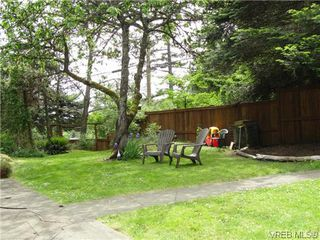 Photo 13: 100 Goward Rd in VICTORIA: SW Prospect Lake Single Family Detached for sale (Saanich West)  : MLS®# 608302