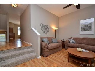 Photo 15: 102 710 Massie Dr in VICTORIA: La Langford Proper Row/Townhouse for sale (Langford)  : MLS®# 610225