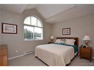 Photo 8: 102 710 Massie Dr in VICTORIA: La Langford Proper Row/Townhouse for sale (Langford)  : MLS®# 610225