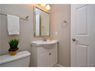 Photo 7: 102 710 Massie Dr in VICTORIA: La Langford Proper Row/Townhouse for sale (Langford)  : MLS®# 610225