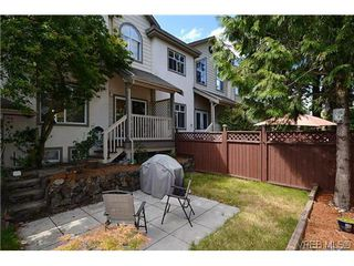 Photo 5: 102 710 Massie Dr in VICTORIA: La Langford Proper Row/Townhouse for sale (Langford)  : MLS®# 610225
