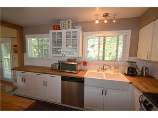 """Photo 5: 1617 STELLA Place in Port Coquitlam: Mary Hill House for sale in """"MARY HILL"""" : MLS®# V1007065"""