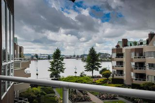 Photo 15: # 409 1150 QUAYSIDE DR in New Westminster: Quay Condo for sale : MLS®# V1109287