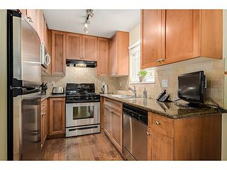 Photo 6: 2608 ST CATHERINES ST in Vancouver: Mount Pleasant VE Condo for sale (Vancouver East)  : MLS®# V1076517