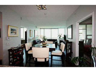 Photo 4: # 1003 138 E ESPLANADE ST in North Vancouver: Lower Lonsdale Condo for sale : MLS®# V1120625