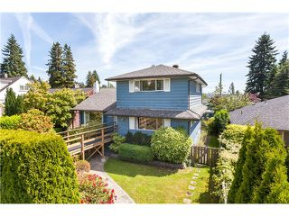 Photo 1: 1246 Kings Av in West Vancouver: Ambleside House for sale : MLS®# V1129618