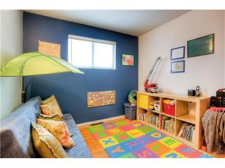 Photo 11: 258 Dussault Avenue in Winnipeg: Windsor Park Single Family Detached for sale (2G)  : MLS®# 1630256