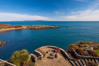 Photo 12: Oceanfront Luxury Masterpiece 4461 Shore Way Victoria BC